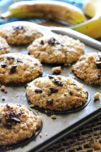 banana-oatmeal-chocolate-chip-muffins
