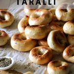 Soft bagel-like Italian taralli